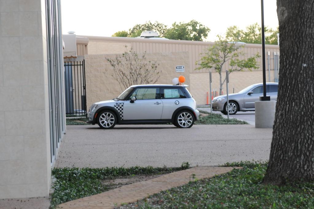 Dealership Walkthrough 11/01/09 Austin Infiniti